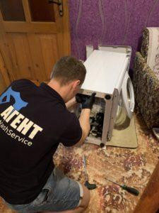 Сборка стиральной машины Ariston после замены подшипников