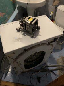 Замена щеток в стиральной машине Indesit